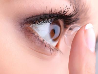آموزشروشگذاشتن و برداشتن لنز