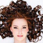 9 روش طبیعی فر کردن مو