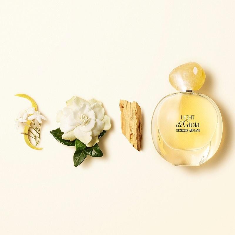 معرفی عطر زنانه مناسب فصل پاییز
